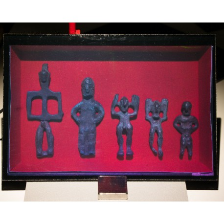 Bronzes de rituels Grecs (amulettes) 3ème siècle av. J.-C. (par Vladimir) 10x15cm